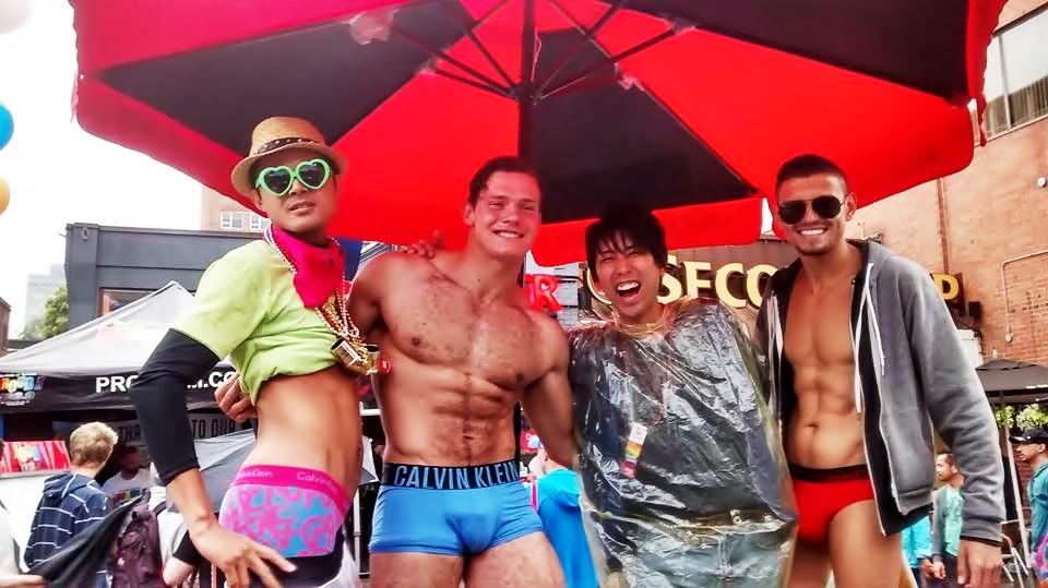 初対面の外国人に本気でゲイと間違われる僕が、トロントのプライドパレードに行ってみたら…